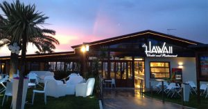 """Le Hawaii"" Chalet •Restaurant •Lounge Bar"