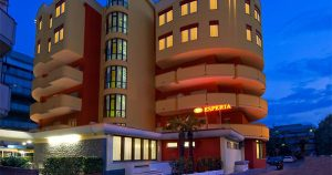 Esperia Hotel***