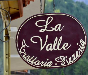"""""""La Valle"""" Trattoria•Pizzeria"""